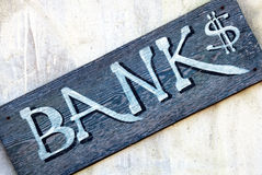 Banco - sinal velho Imagens de Stock