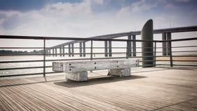 Banco vacío de madera cerca del mar Imagen de archivo libre de regalías