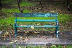 Banco vazio no parque Imagem de Stock