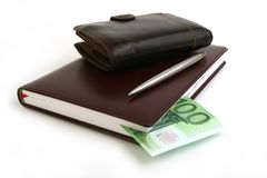 Banconota 100 euro, taccuino, borsa Fotografia Stock Libera da Diritti