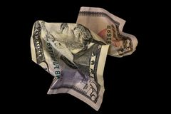 Banconota in dollari sgualcita cinquanta isolata su fondo nero fotografie stock libere da diritti