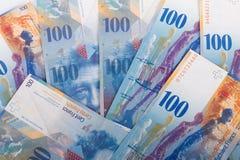 100 banconote dello svizzero del CHF Fotografie Stock Libere da Diritti