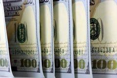 Banconote in dollari di valuta cento degli Stati Uniti Fotografia Stock