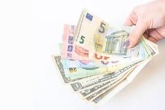 Banconote euro del dollaro di U.S.A. e foto dei soldi del dollaro diverse centinaia euro banconote impilate da valore Euro concet fotografia stock libera da diritti