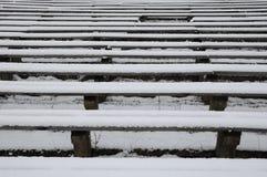 Bancs en hiver Images libres de droits