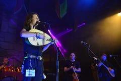 Band bij het Middeleeuwse Festival van Sighisoara Presteer, Roemenië stock foto