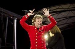 Band Bon Jovi führt ein Konzert durch stockfotografie