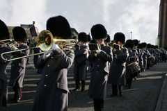 Band leads 1st battalion Irish Guards Stock Photography