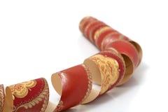 Band met ornament tegen een witte achtergrond Royalty-vrije Stock Foto's