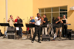 Band performing. Big Package band performing outside on a hot sunny day, Wilmington, DE 2007 Royalty Free Stock Photo