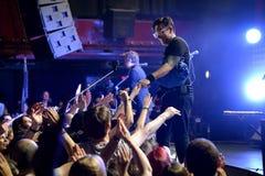 Banda de rock alternativa del indie de Interpol del funcionamiento de Nueva York en el sonido 2015 de Primavera Fotos de archivo