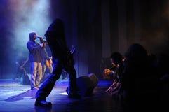 Banda de rock en etapa Fotos de archivo