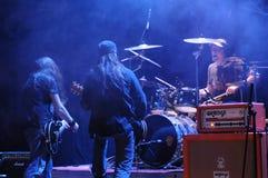 Banda de rock en etapa Imagenes de archivo