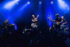 Banda del pupazzo di neve durante il concerto di Meskie Granie 2018 a Varsavia immagine stock