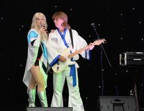 Banda del tributo de ABBA Imágenes de archivo libres de regalías