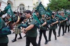 Banda di musica della cornamusa di giorno del ` s di San Patrizio Immagine Stock