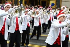 Banda escolar alta de Abilene na parada da ação de graças imagens de stock royalty free