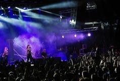 Banda finlandesa de Nightwish en etapa Imagen de archivo