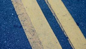Banda gialla della strada Fotografie Stock