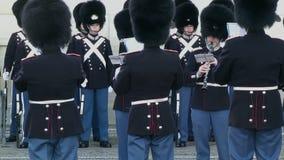 Banda reale di musica delle guardie a Copenhaghen archivi video