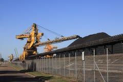 Banda transportadora de carbón Fotografía de archivo libre de regalías