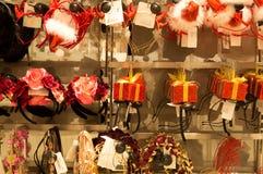 Banda y regalo del pelo en estilo de la Navidad Foto de archivo