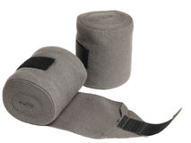 Bandages gris de tricots de cheval d'isolement sur le blanc Photo stock