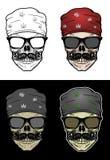 Bandana и солнечные очки черепа велосипедиста нося Стоковые Фото