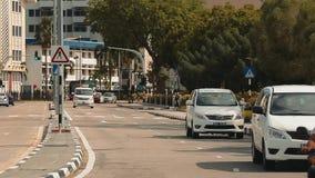 Bandar Seri Begawan, Бруней Darussalam-МАРТ 31,2017: Дорога в центре столицы акции видеоматериалы