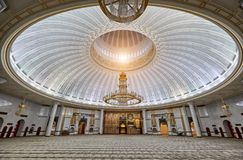 Bandar Seri Begawan,Brunei Darussalam-MARCH 31,2017: Jame Asr Hassanil Bolkiah Mosque. Bandar Seri Begawan,Brunei Darussalam-MARCH 31,2017: Interior of Jame Asr Stock Photo