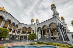 Bandar Seri Begawan, Brunei Darussalam-MARS 31,2017: Jame Asr Hassanil Bolkiah Mosque Arkivfoton