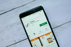 BANDAR SERI BEGAWAN, BRUNEI - 21 JANVIER 2019 : Application de poulpe sur un Google Play Store androïde photos stock