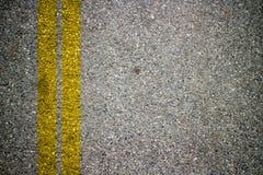 Bande d'Asphalt Road Texture With Yellow Photos libres de droits