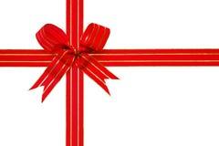 Bande de cadeau d'or et chemin de découpage rouges de proue Photo stock
