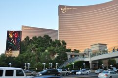 Bande de Las Vegas - hôtel de Wynn et de bis au coucher du soleil Image libre de droits