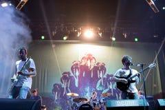 Bande de poulains de concert au festival de Dcode Photo libre de droits