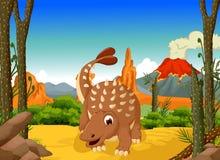 Bande dessinée drôle de dinosaure d'Ankylosaurus avec le fond de paysage de forêt Image libre de droits