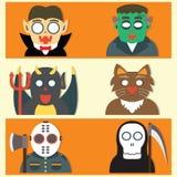 Bande dessinée plate de monstres mignons de Halloween Photos libres de droits