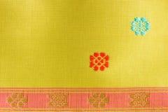 Bande et Flora Pattern Thai Silk Photo libre de droits