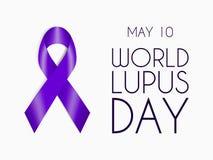 Bande pourprée d'isolement sur le fond blanc Symbole de Lupus Day du monde Signe de soutien des personnes avec la maladie auto-im Photographie stock