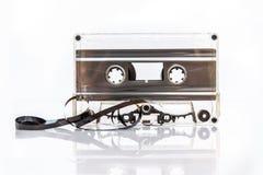 Bande translucide de cassette sonore d'isolement sur le blanc photographie stock libre de droits