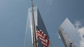 Bandeira americana Arranha-c?us de New York vídeos de arquivo