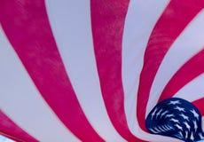 Bandeira americana de fluxo Fotografia de Stock Royalty Free