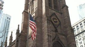 Bandeira americana Igreja de New York vídeos de arquivo