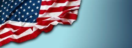 Bandeira americana no azul Fotos de Stock