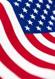 Bandeira americana no fluxo, fundo do formato vertical Imagens de Stock Royalty Free