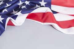 Bandeira americana no fundo cinzento Imagem de Stock Royalty Free