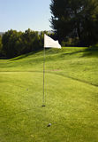 Bandeira branca do campo de golfe Fotografia de Stock Royalty Free