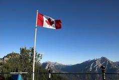 Bandeira canadense, Banff imagem de stock royalty free