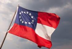 Bandeira confederada dos E.U. com 13 estrelas Fotos de Stock